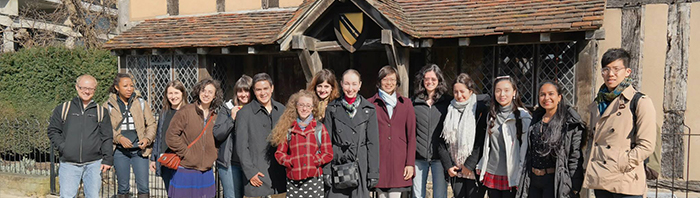 Students on a trip for the Dean's Scholars in Shakespeare program